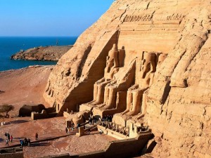 abu-simbel_-near-aswan_-egypt