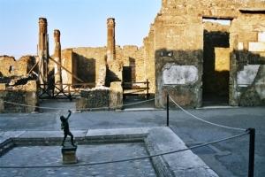 pompei_-_casa_del_fauno1