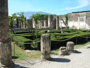 pompeii27-the-house-of-the-faun