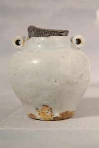 a-glazed-ceramic-jar-was-found-with-depictions-of-the-greek-god-mercury-on-it-suggesting-that-the-mongols-traded-with-cultures-far-beyond-central-asia