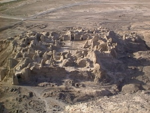 Kuh_Khajeh_Rostam_Castle