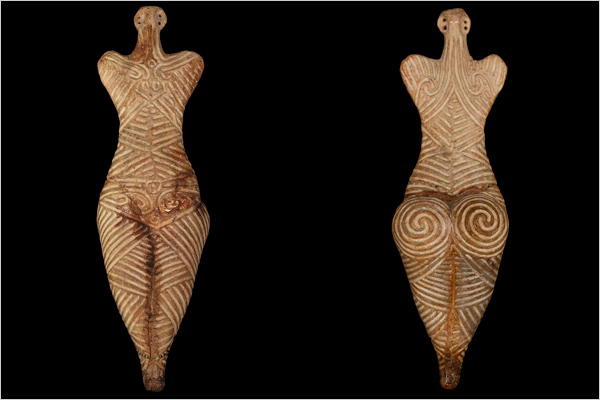 http://dismanibus156.files.wordpress.com/2009/12/cucuteni-4050-3900bc.jpg